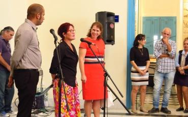 Palabras de la directora del Centro, Onedys Calvo, acompañada por la embajadora del Reino de los Países Bajos en Cuba en 2017, Alexandra Valkenburg.