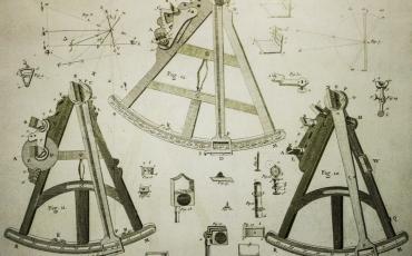 Grabado con despiece del octante y el sextante de Hadley. Museo Naval de Madrid