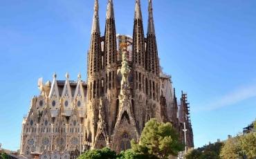 4. Templo de La Sagrada Familia, obra cumbre de Antonio Gaudí
