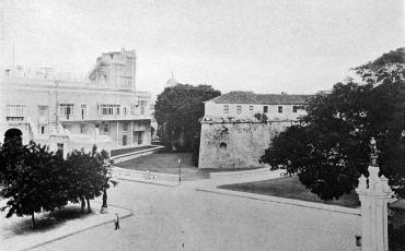 Palacio del Segundo Cabo y Castillo de La Real Fuerza, junio de 1901. Fototeca de la Oficina del Historiador de la Ciudad de La Habana