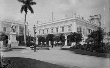 Plaza de Armas. 1904. Fototeca de la OHC