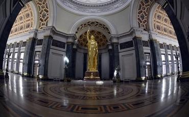 02. Estatua-de-la-República-Capitolio-de-La-Habana_03-580x387