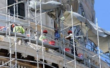 07. Obreros en la Restauración