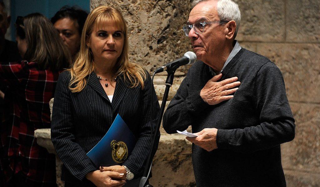 Dr. Eusebio Leal y Magda Resik en conferencia de prensa de Habana Radio