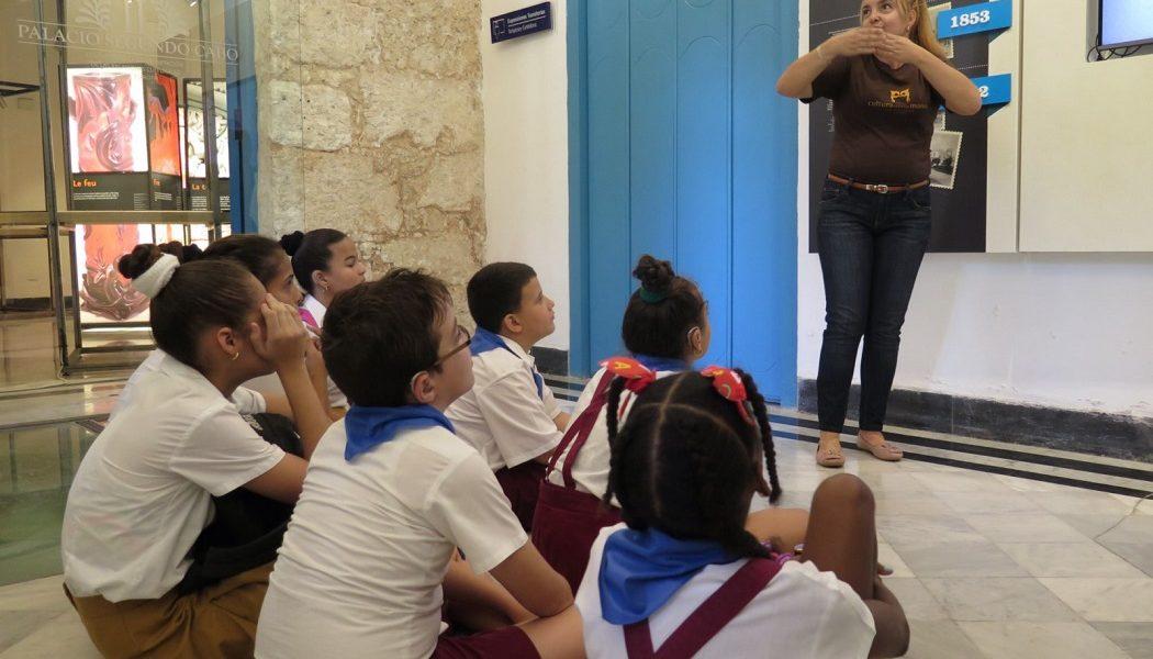 La Historia de mi Habana Colonial en Lengua de Señas Cubana